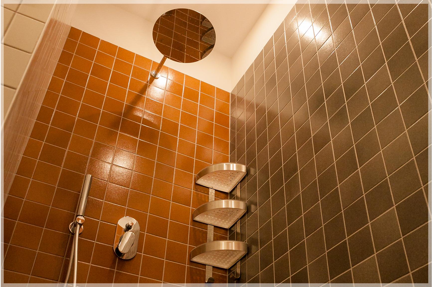 Vila_Nikolas__0003_rudieji apartamentai