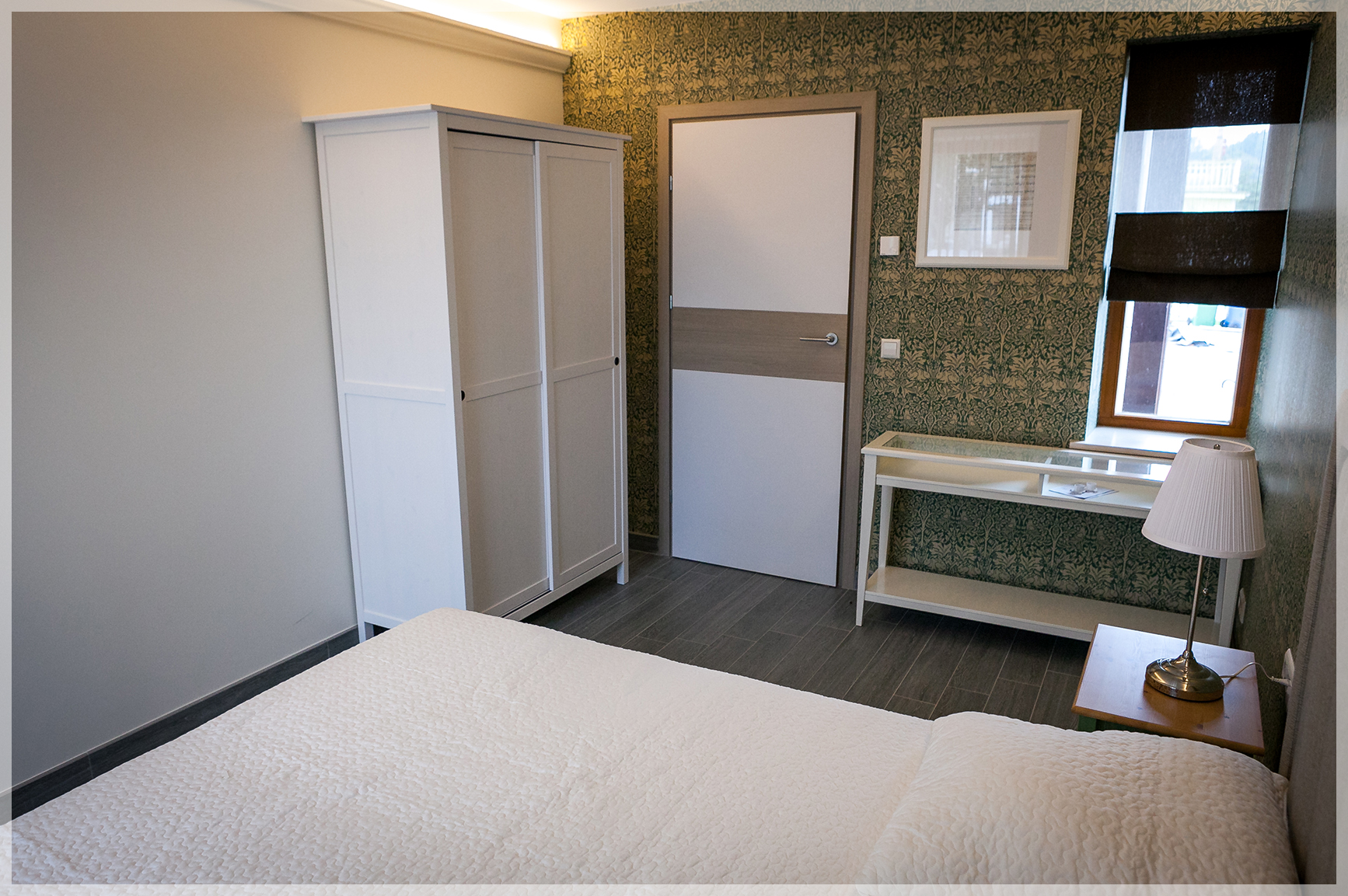 Vila_Nikolas__0006_Zalieji apartamentai